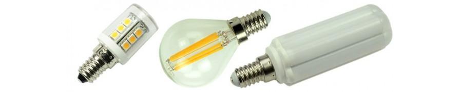 LED-Lampen mit E14 Sockel in warmen Lichtfarben bei David Communicatio